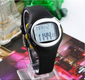 Спортивные часы-пульсометр с индикатором калорий.