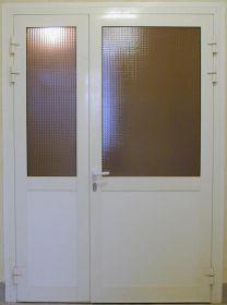 Холодная дверь