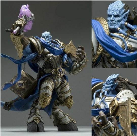 Фигурка героя Draenei Knight