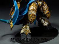 купить фигурку персонажа Draenei Knight
