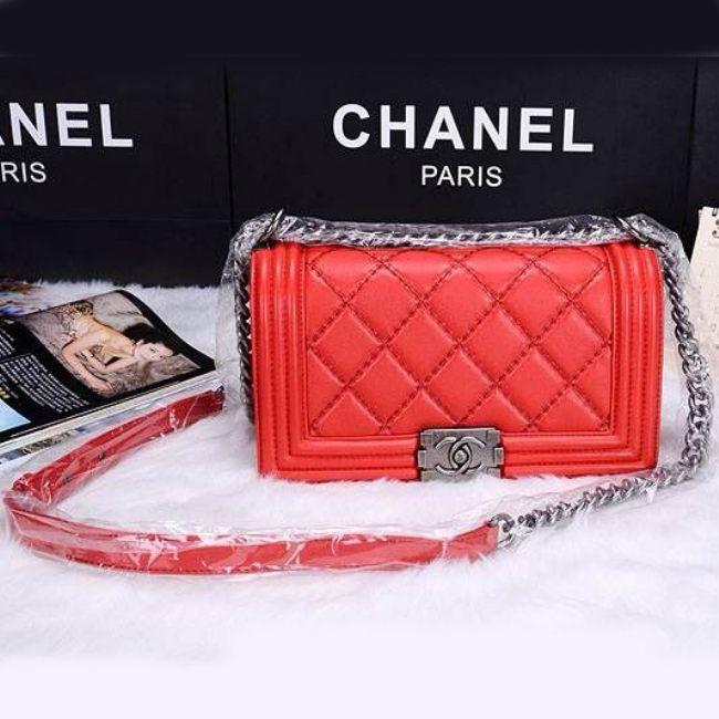 Сумка Chanel Boy Shoulder Bag