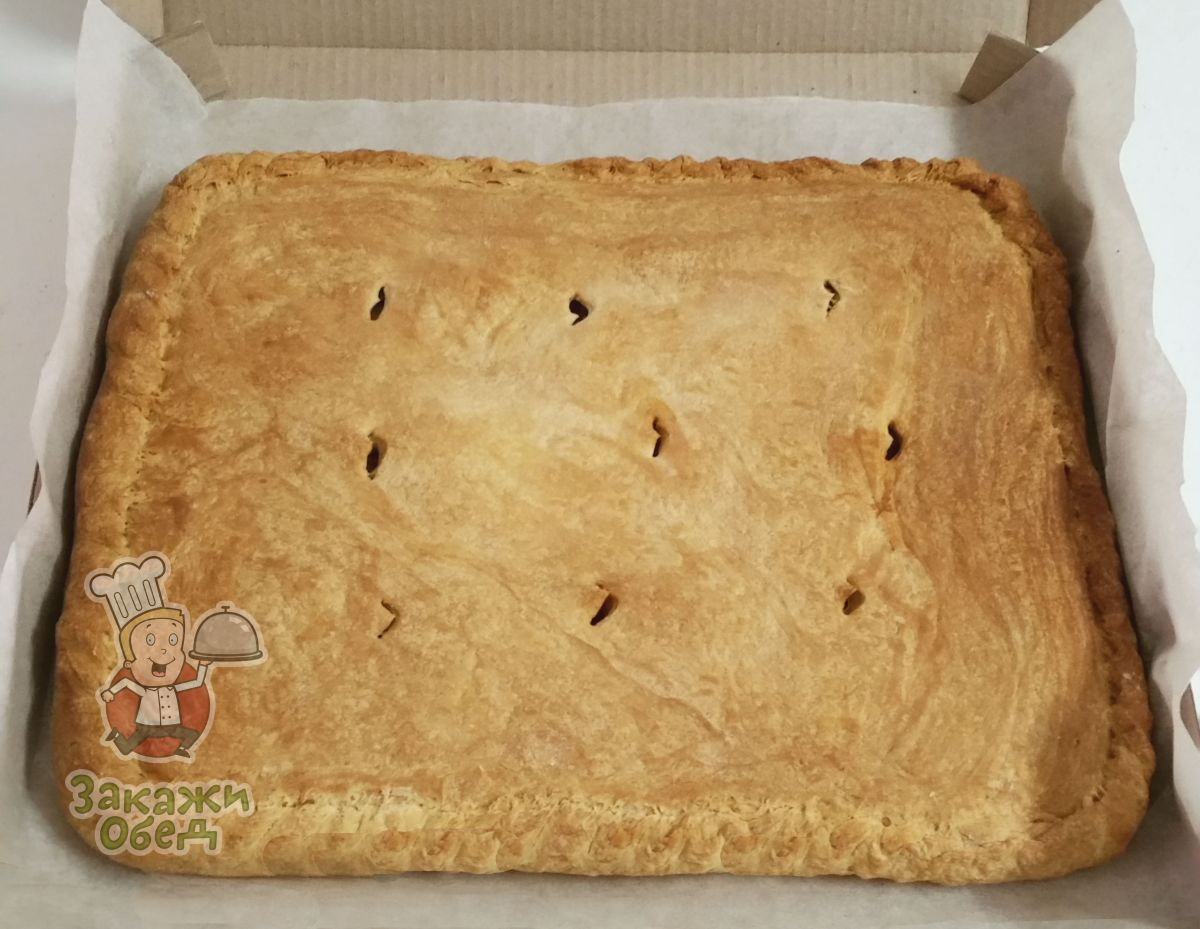 Пирог из сдобного теста с картофелем, фаршем (2,4 кг.)