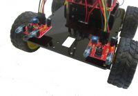 робот с ультразвуковым датчиком