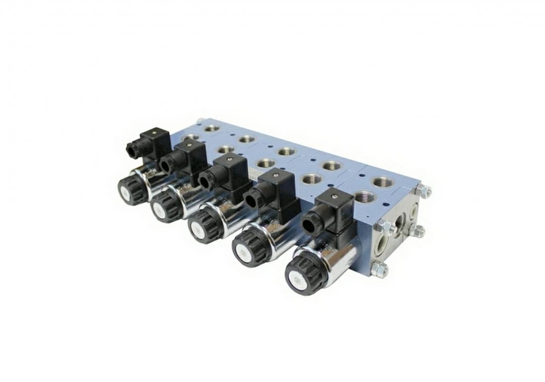 6/2UREM6 и 6/2URMM6 мобильный  6-ти линейный секционный переключающий распределитель