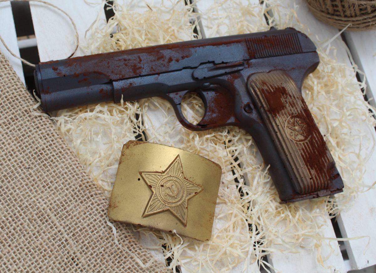 Набор ''Пистолет с бляхой''