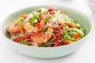 Салат Фунчоза с овощами и креветками