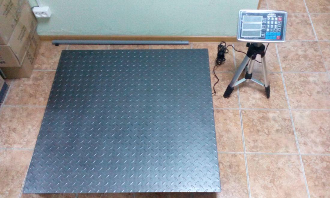 Весы складские платформенные электронные Sprint TCS-3T ( 3000кг. 1500х1500мм)