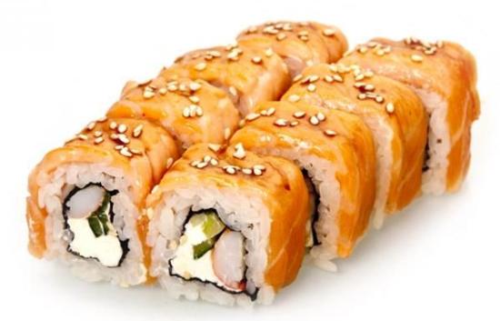 Ролл «Запеченный лосось с крабом»