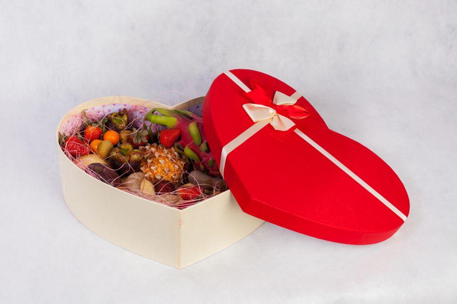 Фруктовая коробка Сердце