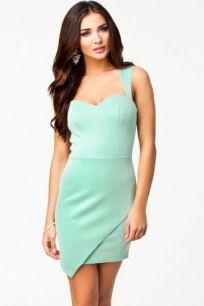 Облегающее мини платье мятного цвета