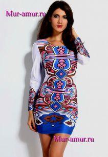 Облегающее платье с ярким принтом