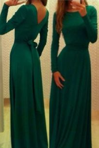 Изумрудное макси платье