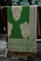Зелёный палантин из Индии с восточным орнаментом (под заказ)
