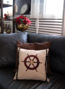 Дизайнерская подушка в морском стиле — отличный сувенир