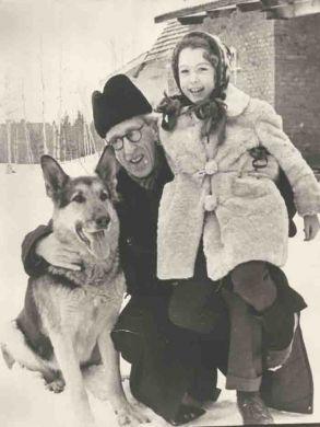 С дочерью Машей (1956 г.)