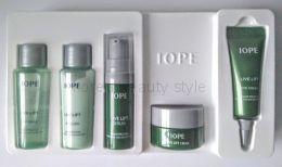 IOPE LIVE LIFT SPECIAL GIFT inclused 5 items -набор  линии LIVE LIFT от бренда IOPE из 5 косметических средств c лифтинг-эффектом используется для ухода за кожей лица и области век
