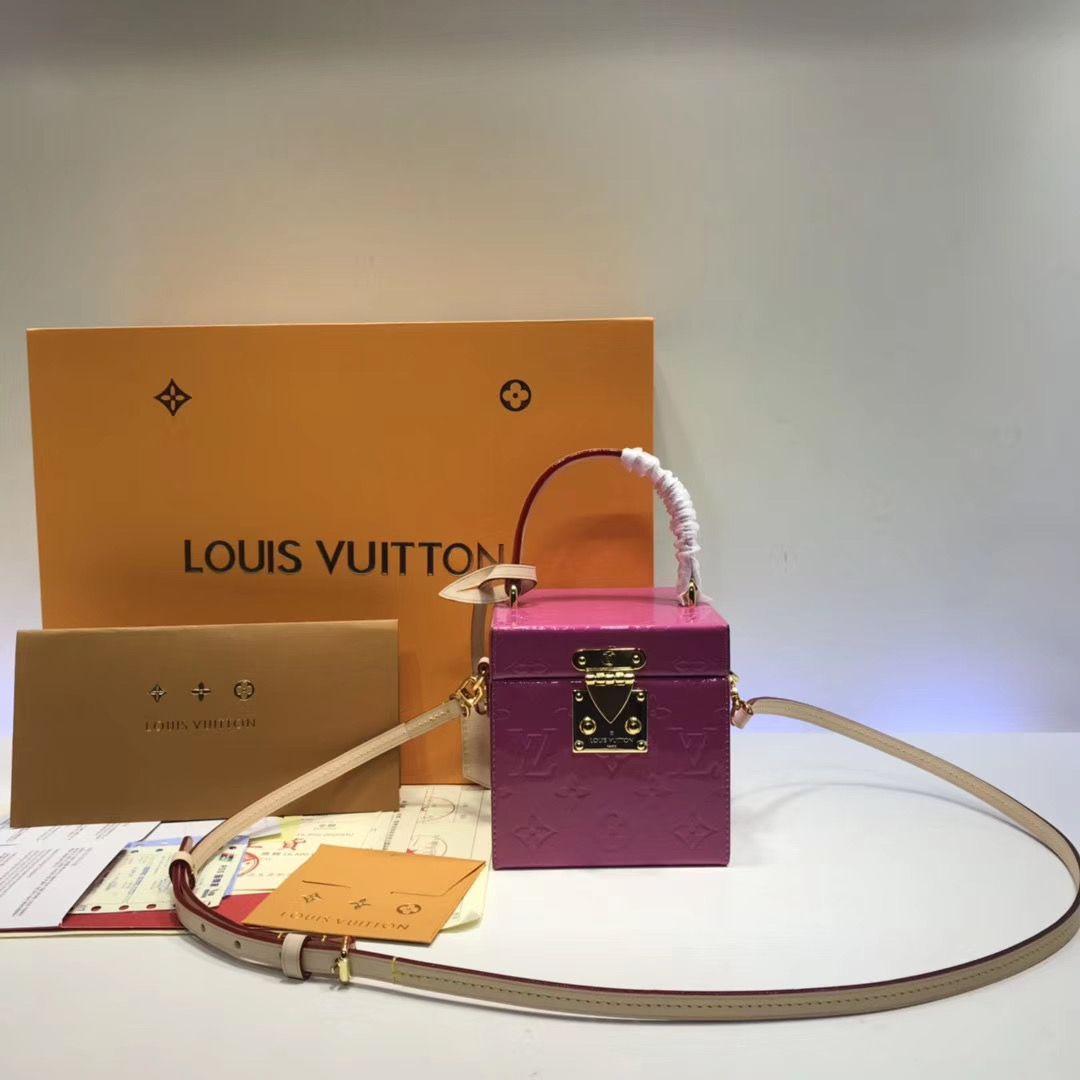 Louis Vuitton Vintage Blieeker box