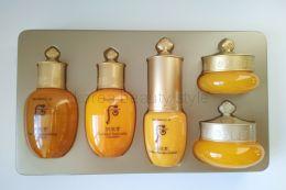THE HISTORY OF WHOO Gongjinhyang  5 Pcs Special Gift  Kit - набор миниатюр из 5 уходовых средств линии «Базовый уход» от THE HISTORY OF WHOO