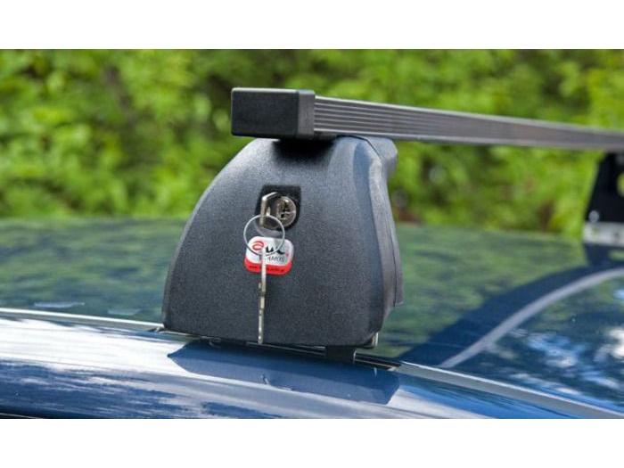 Багажник на крышу Skoda Octavia Tour, Amos Beta, стальные прямоугольные дуги