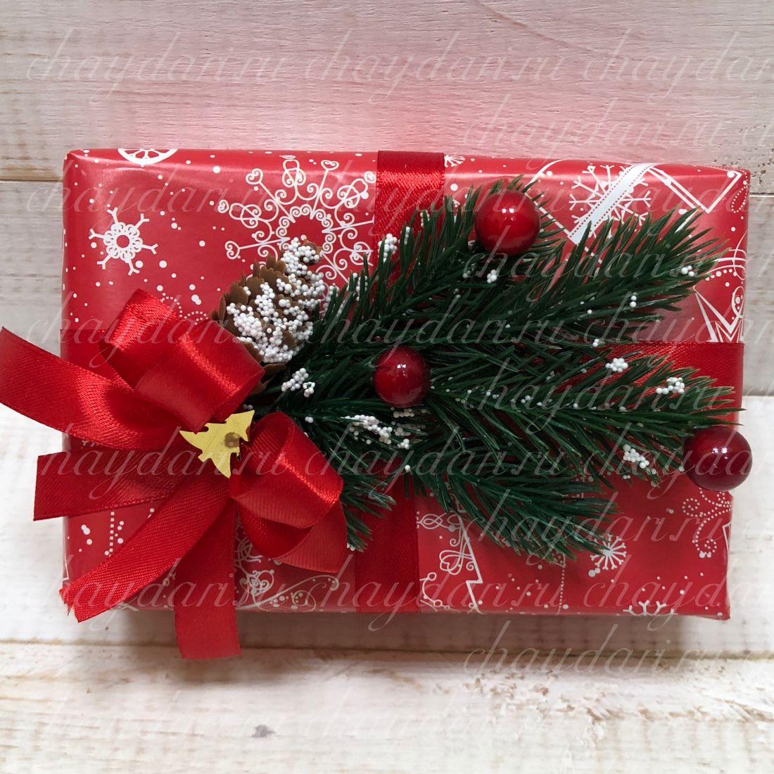 """Коробка из чая, кофе и сладостей """"Новогодняя ель"""""""