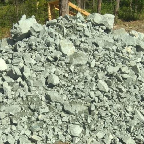 Подъем и выравнивание участка скальным грунтом в Мариинске