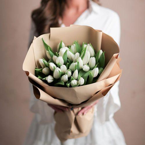 Букет цветов из 31 тюльпана