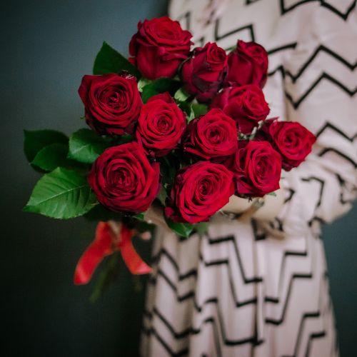 Букет цветов из 11 красных роз
