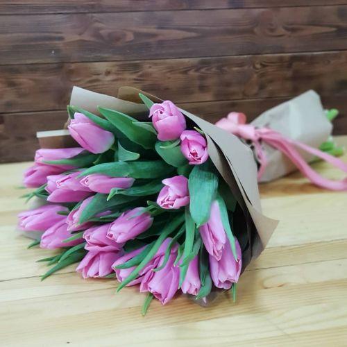 Букет цветов из тюльпанов
