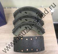 Колодки тормозные задние/передние барабанные на одну ось NQR71 / NQR75 / NPR75 / Богдан