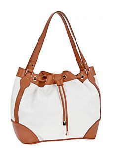 Светлая кожаная сумка
