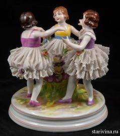Три девочки, кружевницы, Muller & Co, Volkstedt, Германия, 1907-52 гг., артикул 00465