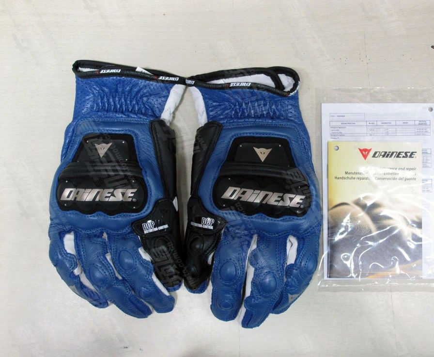 Мото перчатки Dainese piston