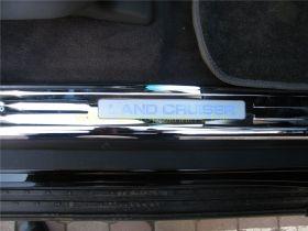 Накладки на пороги с подсветкой (Тип 6 Широкие) для Toyota Land Cruiser 200