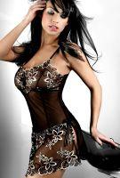 Сексуальная черная сорочка с кружевами