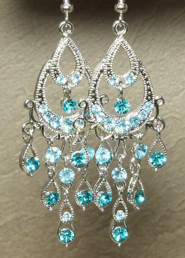 Модные шумящие позолоченные белым золотом серьги с кристаллами Сваровски