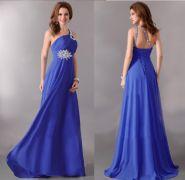 Синее вечернее платье в пол со шлейфом