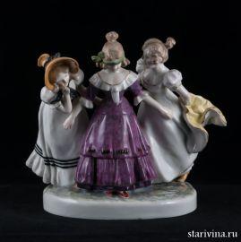 Девочки, играющие в жмурки, Karl Ens, Германия, 1930-40 гг., артикул 00684