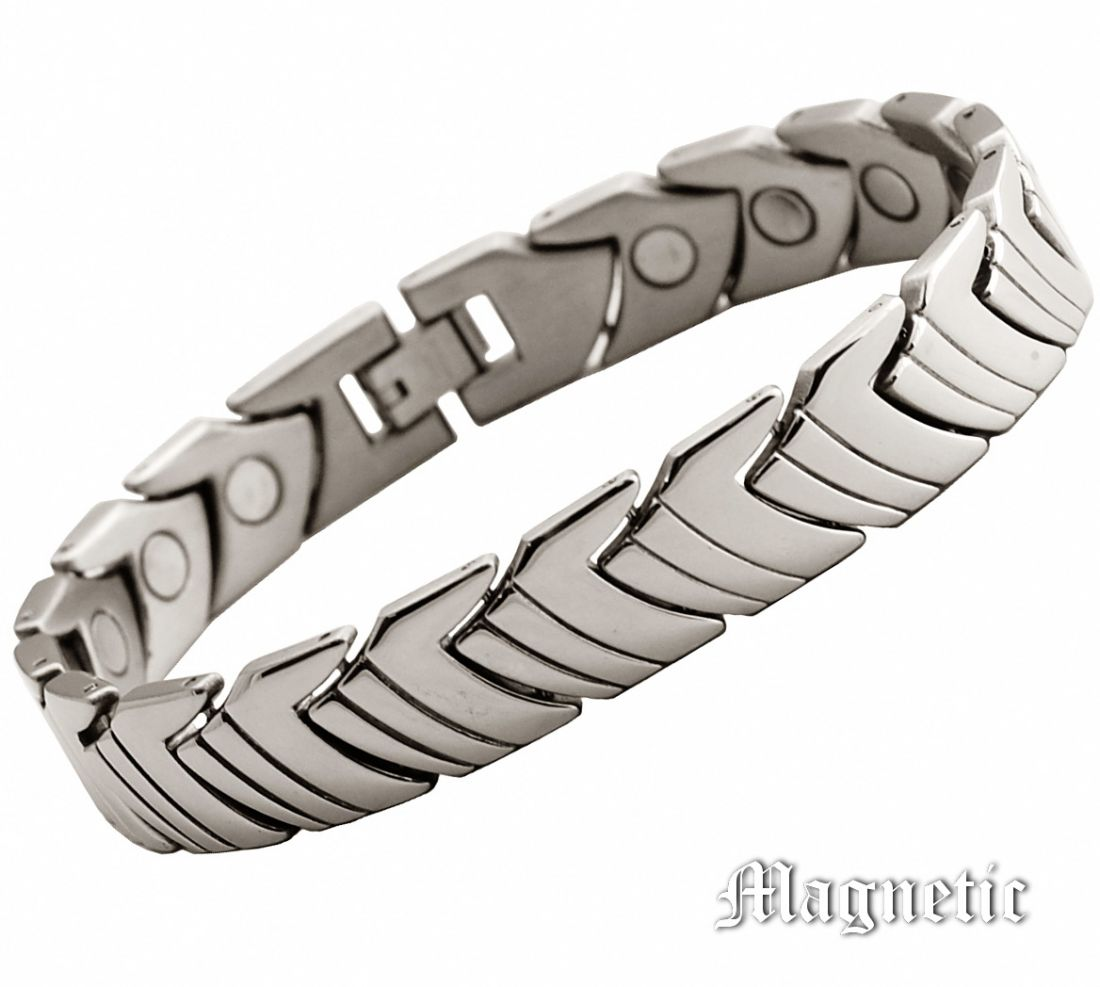 Магнитный браслет из титана