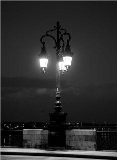 Почтовая открытка Одинокий фонарь