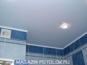 Натяжной потолок в ванную комнату 3 кв.м., матовый