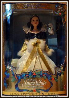 Коллекционная кукла Барби Белоснежка как Праздничная  Принцесса -  Snow White and Seven Dwarfs Barbie Doll Holiday Princess, 3d in a Series, Walt Disney's