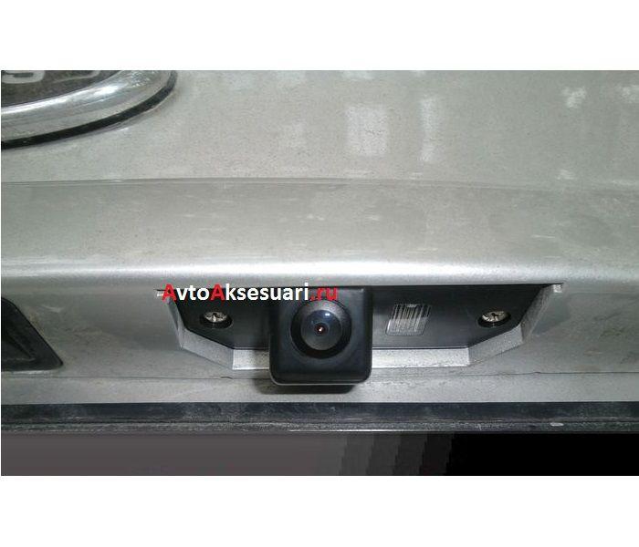 Камера заднего вида для Ford Mondeo 2000-2007