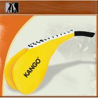 Ракетка Тэквон-до жёлто-белая двойная, иск. кожа, артикул  8504,  KANGO