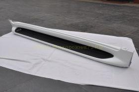 Аэродинамические пороги с подсветкой Lexus Тип для Toyota Land Cruiser 200