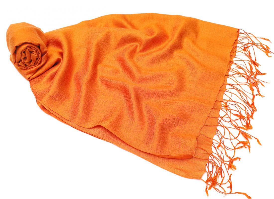 """Апельсиновый шарф-палантин """"Шелковая нега"""" (отправка из Индии)"""