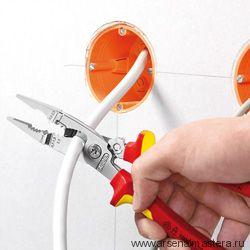 Многофункциональные клещи для электромонтажных работ KNIPEX 13 81 200