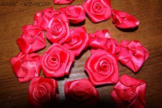Розы из шелка красные