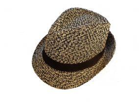 Шляпа в белую точку