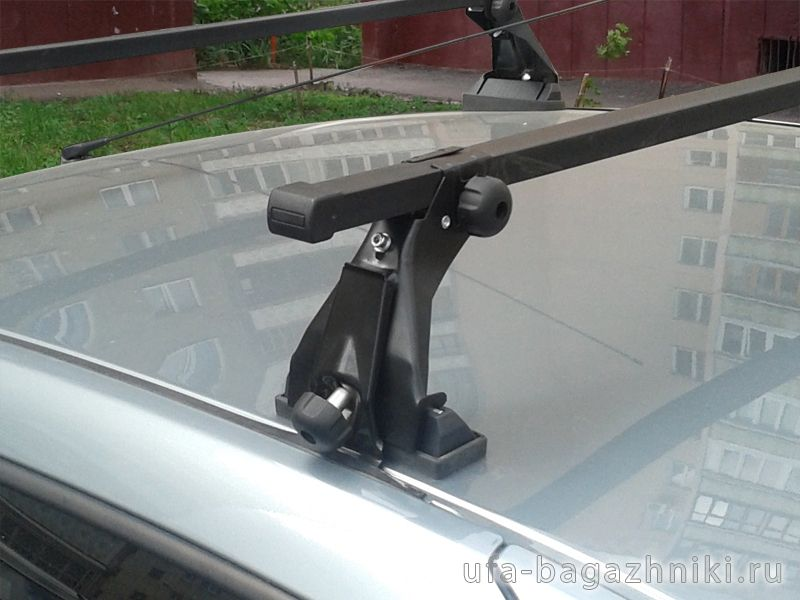 Багажник на крышу на Renault Logan (Атлант), с опорами, стальные дуги