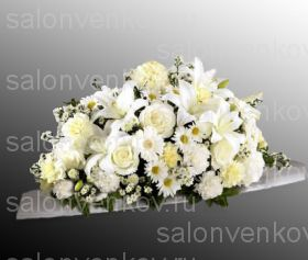 Траурная композиция из живых цветов N56